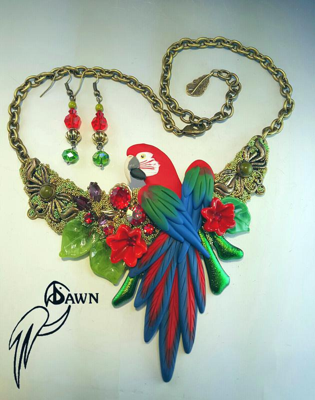 Green Wing Macaw Necklace Set